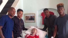 Grandad Dies Just 45 Minutes After Man United Players Turned Up At His Home - TheLADbible