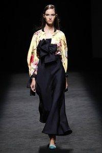 Devota & Lomba Madrid Spring/Summer 2020 - Fashion Shows - Mercedes-Benz Fashion Week Madrid Daily Fashion, Next Fashion, Fashion Week, Runway Fashion, Fashion Show, Womens Fashion, Fashion Design, Style Fashion, Vogue Paris