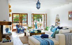 Estrenamos tablero mediterráneo con esta casa ibicenca. Blanco y Azul con carácter.