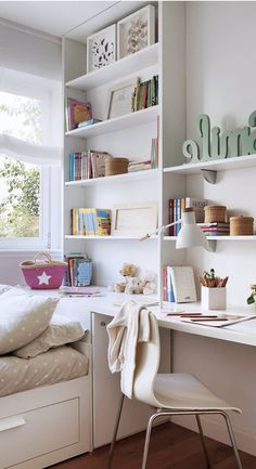 the basic facts ideas for teen girls dream room for bedroom decor to dressing table - nimivo sites Small Room Decor, Small Room Bedroom, Small Rooms, Kids Bedroom, Bedroom Decor, Guest Room Office, Pretty Room, Bedroom Layouts, Teen Girl Bedrooms