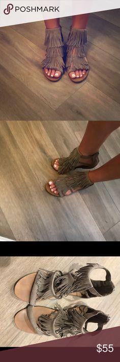 Taupe Steve Madden fringe sandals 👡 Super cute Steve Madden Favorit Fringe sandals.  Lots of compliments on these! Steve Madden Shoes Sandals