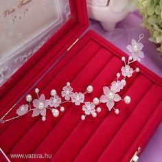 ESKÜVŐI gyöngyös virágos hajpánt hajdísz tiara - 1890 Ft - Nézd meg Te is Vaterán - Hajdísz, hajtű, csat - http://www.vatera.hu/item/view/?cod=2192157968