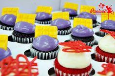 Minicupcakes inauguración Radical Colors