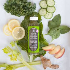 Get your daily greens in just a few gulps with our new Organic Midday Thrive!
