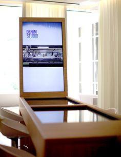 Apple a peut-être son « Genius Bar » mais Selfridges a son « Jeanius Bar » !
