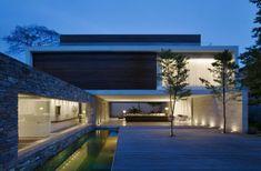 architecture minimaliste - une maison cree par Marcio Kogan