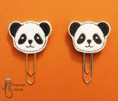 This cute panda makes a great bookmark or clip! Handmade by Planner Head. Check out pandathings.com for loads of panda products from all over the web.