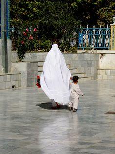 Hold My Hand...Afghanistan Mosques   Afghan Images Social Net Work:  سی افغانستان: شبکه اجتماعی تصویر افغانستان http://seeafghanistan.com