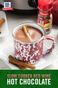 There's nothing like red wine hot chocolate on a cold night with family and friends. Spread cheer with a warm cocoa and red wine blend at your next party. Christmas Drinks, Holiday Drinks, Holiday Desserts, Fun Drinks, Yummy Drinks, Holiday Recipes, Yummy Food, Beverages, Diy Christmas