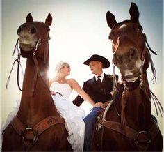 Western Wedding www.westernhorsereview.com photo by KristaKayPhotography.com