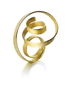 ute decker - sculptural rings, architectural rings, architectural jewellery, wearable sculptures, ring sculptures, art jewellery, Fairtrade gold, design basel, Elisabetta Cipriani, Julia Peyton-Jones, Serpentine Gallery, Zaha Hadid, Goldsmiths' Fair