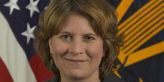 Το Κουτσαβάκι: Η Πρώην Υπάλληλος στην διοίκηση Ομπάμα πρότεινε αν...