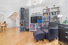 FINN – Rønvik/Saltvern - Stor familievilla med 4 soverom og 2 stuer - Garasje - Solrik tomt Bookcase, Real Estate, Shelves, House, Home Decor, Shelving, Decoration Home, Home, Room Decor