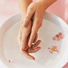 Уход за ногтями: эффективные домашние ванночки 0