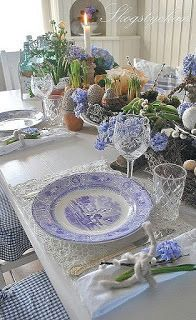 Shannon's Shanonigins: The Beauty of Blue & White
