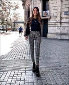 145 perfect spring outfits to copy nowwachabuy page 47 145 perfect spring outfits to copy nowwachabuy page 47 Stylish Summer Outfits, Fall Winter Outfits, Spring Outfits, Trendy Outfits, Paris Spring Outfit, White Outfits, Classy Chic Outfits, Girly Outfits, Paris Outfits