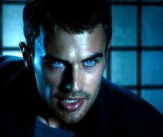 Underworld 5 Will Focus on Theo James' David