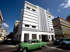 1936 Art Deco Teatro Fausto in old Havanna