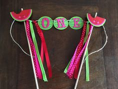 Watermelon Cake Topper, Watermelon Smash Cake, Watermelon Birthday, Watermelon Party, Watermelon Banner, Watermelon Decor by TookiesLLC on Etsy https://www.etsy.com/listing/460404946/watermelon-cake-topper-watermelon-smash