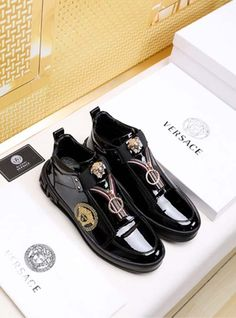 Amanda Trading Co., Ltd Fashion styles Casual Shoes:Versace:Versace New Size Versace Shoes, Versace Men, Versace Sneakers Men, Lv Sneakers, Sneakers Fashion, Mens Fashion Casual Shoes, Fashion Boots, King Shoes, Loafers Men