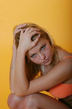 diese Frau ist sehr aufgeschlossen triff sie jetzt hier: http://www.best-of-dating.de