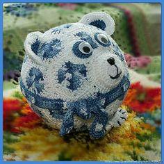 Round bear.