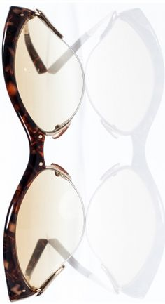 LOUIS VUITTON Tortoise Shell Cat Eye Sunglasses