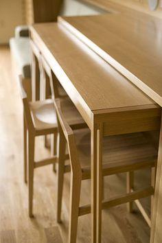 minimalist modern industrial office desk dining. Architekti Vybrali Do Interiéru řemeslně Důkladně Zpracované Prvky Vyhovující Jejich Nápaditým řešením. Minimalist Modern Industrial Office Desk Dining H