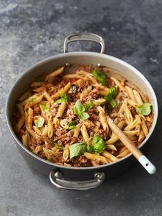 Sarah Millican made this sausage pasta recipe with Jamie Oliver on Friday Night Feast. Packed with Italian sausage, fennel and oregano, it's a real beauty. Sausage Pasta Recipes, Italian Sausage Pasta, Yummy Pasta Recipes, Risotto Recipes, Cooking Recipes, Healthy Recipes, Noodle Recipes, Healthy Food, Herb Recipes