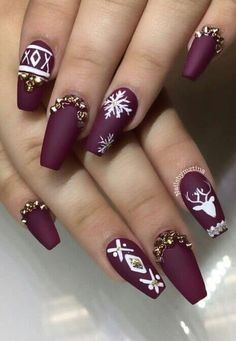 Simple nails art design ideas suitable for cold weather 17