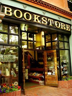 Boulder #bookstore #shop #window #cute