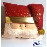 Resultado de imagen para cojines navideños Christmas Stockings, Christmas Diy, Xmas, Pillows, Holiday Decor, Tart, Christmas Ornaments, Throw Pillows, Molde