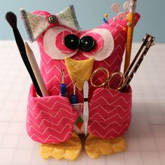 """How to make a craft organizers. The """"Owl You Need"""" Sewing Buddy -   http://www.cutoutandkeep.net/projects/the-owl-you-need-sewing-buddy?utm_campaign=newsletter&utm_content=newsletter-122&utm_medium=email&utm_source=email"""