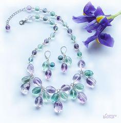 авторские дизайнерские украшения натуральные полудрагоценные камни бусы ожерелье флюорит аметист