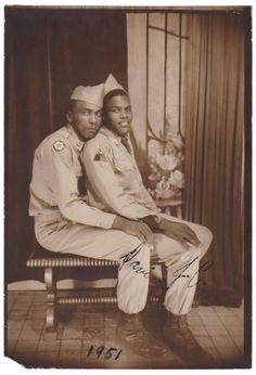 Interesting Vintage Snapshots and Studio Poses of African Americans From the Mid-20th Century