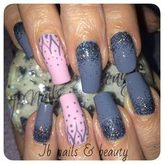 Grey & pink gelish on natural nails with glitter & art