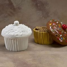 Cupcake Decor On Pinterest Cupcake Cookie Jar Cupcake
