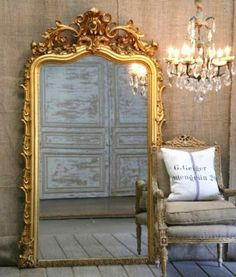 Beautiful gilded gold leaf mirror with French chandelier Golden Mirror, French Mirror, Baroque Mirror, Victorian Mirror, Deco Studio, French Chandelier, Antique Chandelier, Gold Chandelier, Vintage Mirrors