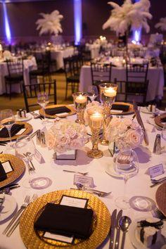 """An Elegant Wedding Inspired By """"The Great Gatsby"""" Gatsby Hochzeit – Empfang Dekor Great Gatsby Party, The Great Gatsby, Great Gatsby Motto, Great Gatsby Themed Wedding, Roaring 20s Wedding, 1920s Party, 1920s Wedding, Wedding Gold, Roaring Twenties Party"""