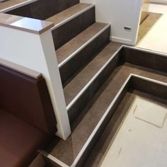 trap met pvc Trap, Stairs, Home Decor, Stairway, Decoration Home, Room Decor, Staircases, Home Interior Design, Ladders