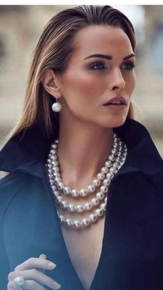 Pearl Necklace, Classy, Pearls, Jewelry, Fashion Statements, Cottage, France, Queen, Navy