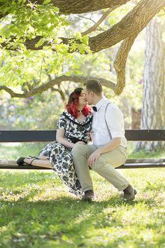 barbarawenzfotografie-badvoeslau-baden-park-paarshooting-rockabilly-natur-couple