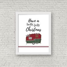 Add a touch of retro cheer to your holiday decor by hanging this printable image on the wall of your house, camper, or motorhome! Vintage Camper Interior, Vintage Campers, Vintage Motorhome, Vintage Trailers, Art Vintage, Vintage Photos, Diy Rv, Camper Makeover, Diy Camper