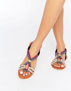 Image 1 - ASOS - FUSE - Sandales plates en cuir lacées sur la jambe
