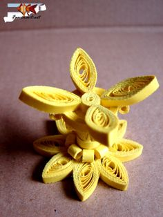 Part 2 of 3---Quilling joy by Marius: Te second quilling easter egg.