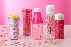 Starbucks celebrates spring cherry blossom with sakura-design stores, special drinks Starbucks Bottles, Starbucks Tumbler, Starbucks Coffee, Starbucks Merchandise, Cute Water Bottles, Custom Starbucks Cup, Aesthetic Japan, Coffee Creamer, Coffee Mugs