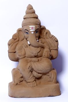 Bring home an eco-friendly Ganpati #murti of Vardayak Ganpati for a truly exceptional experience. Make your #dreams come true with the blessings of #Lord Ganpati as he comes again this year to spend time with his devotees.  #ganesha #ganesh #ecofriendlyganesha