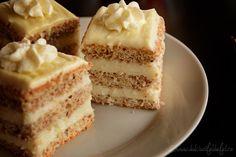 Prajitura cu blat pufos si crema de ciocolata alba - Dulciuri fel de fel Food Cakes, Vanilla Cake, Cake Recipes, Cheesecake, Desserts, Cat Ring, Cakes, Tailgate Desserts, Deserts