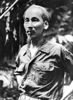 Vietnam's Ho Chi Minh: 'On lynching & the Ku Klux Klan' Vietnam History, Vietnam War Photos, Our President, American War, Vietnam Veterans, World Leaders, Armed Forces, Old Photos, Laos