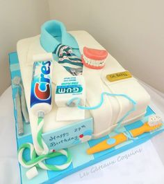 Dentist cake - for you favorite Dentist, or for a dental school graduation celebration! #SweetTooth #Brightside #Dentistry http://brightsidedentistry.com/